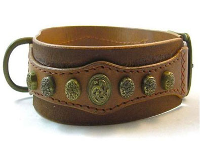 extra wide leather dog collar, studs